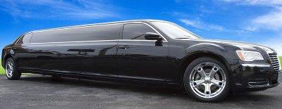 Black Chrysler 300 Stretch Limo